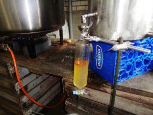 Tijdens de destillatie